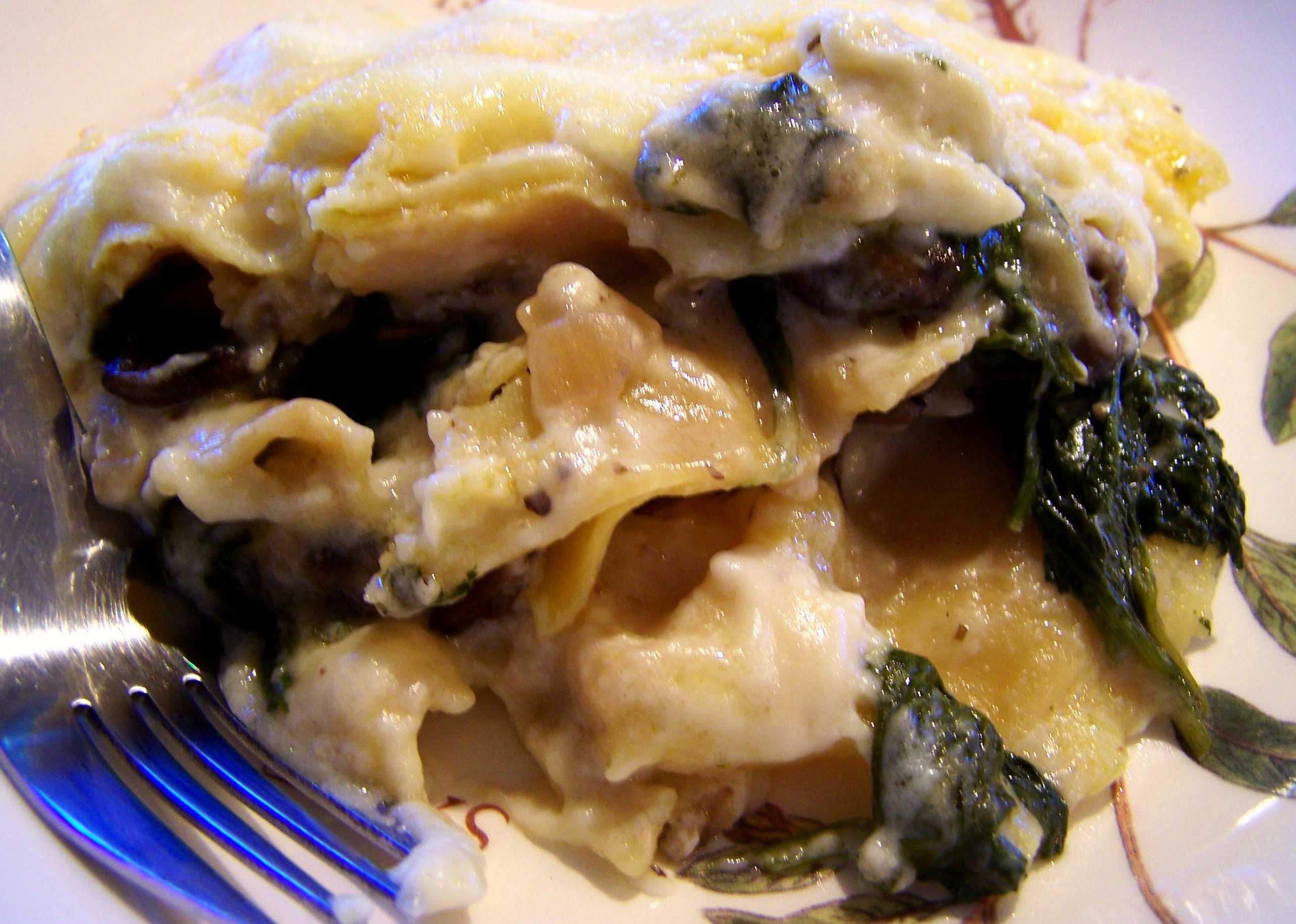 Crock-Pot Spinach and Mushroom Lasagna | Rossandra White